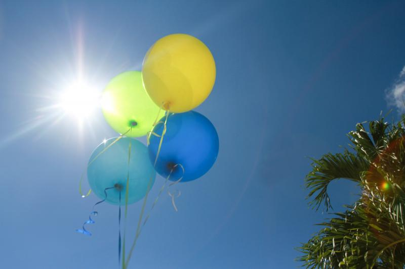 photo balloon3_zps493dc647.jpg