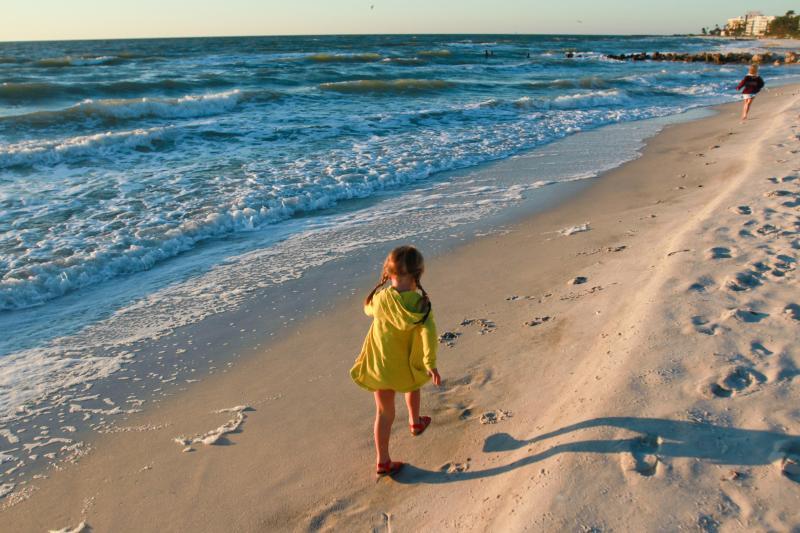 photo beach-7_zps79f5a1e6.jpg