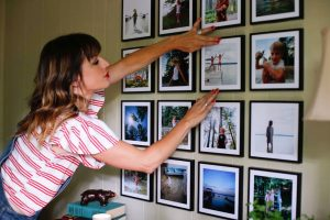 Photo Gallery Wall, Quick & Easy